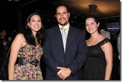 MC Roselynn Salinas, Pedro Barz y Jeannette Rodriguez (3)