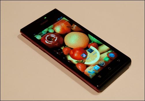Huawei ascend p1 CES 2013